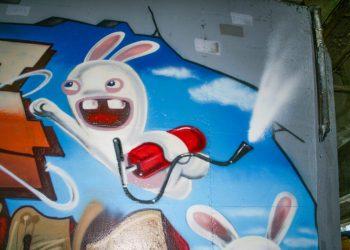 décoration graffiti lapin crétin