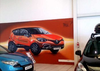inauguration voiture renault captur graffiti