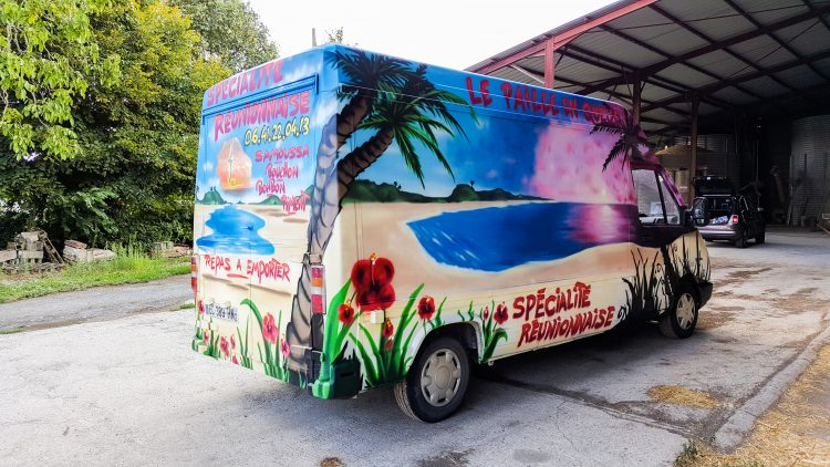 décoration graffiti coucher de soleil camion